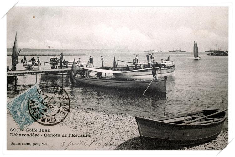 Les canots de l'Escadre avec son débarcadère