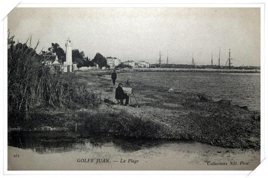 La Plage avec l'ancien phare