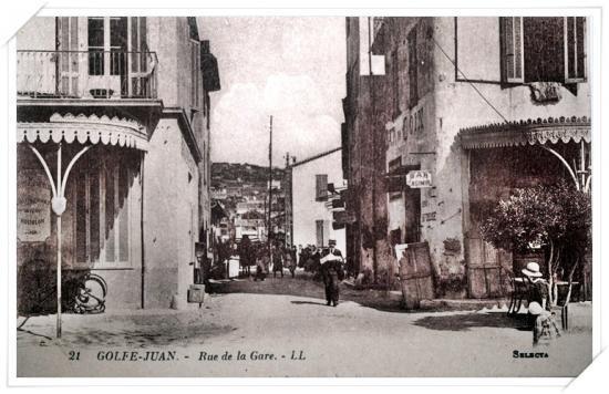 Vue prise depuis le boulevard des Frères Roustan