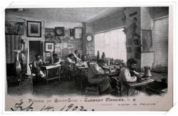 L'atelier de peinture de la poterie Clément Massier (provenance USA)