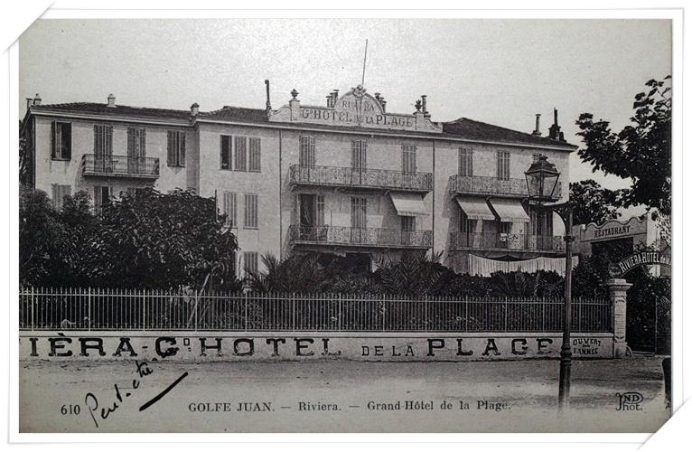 L'Hôtel de la Plage.