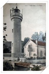 Très belle CPA colorisée du phare et de la maison du gardien